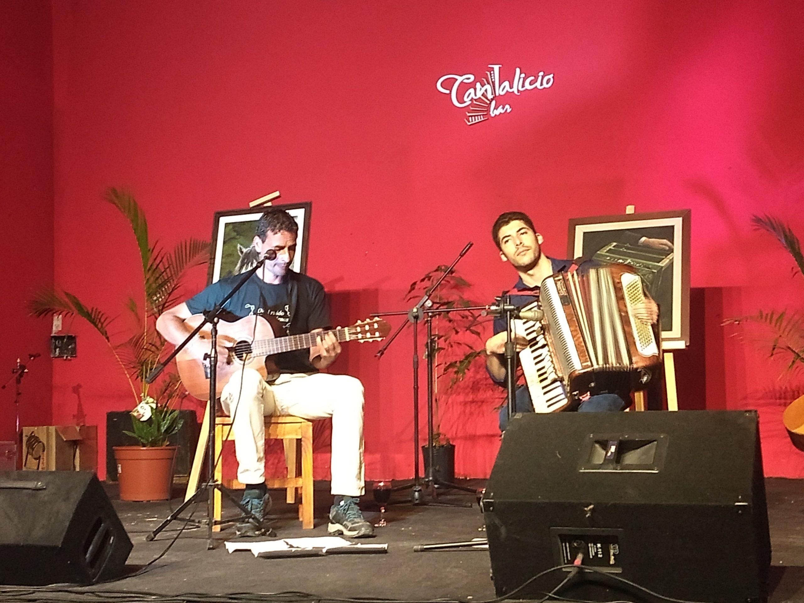 Lucas Segovia: magia con poesía y acordes nuevos